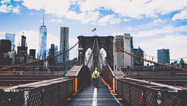 Moving from CA to New York – how to make your cross country move easier