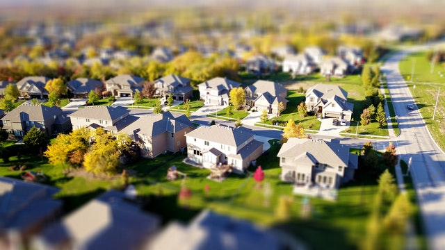 What to consider when moving to the suburbs from the city