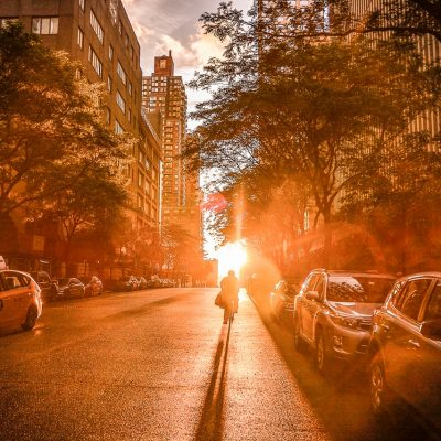 A NY city street in the afternoon