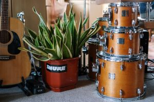 Drums stacked on top of eachother