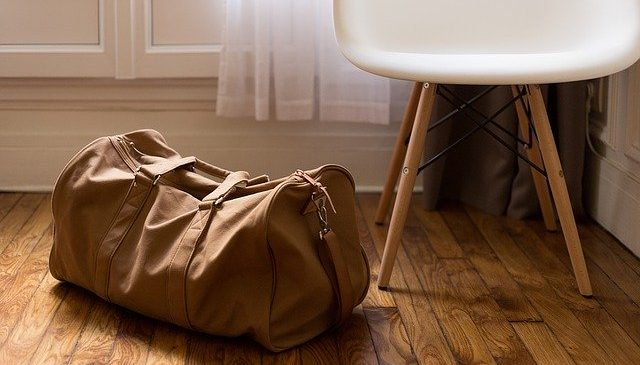 Packing yourself vs hiring professional packers