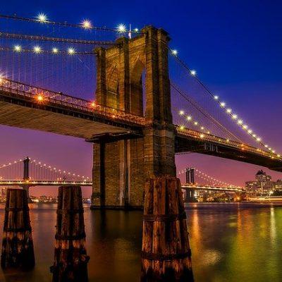 5 reasons why you should live in Brooklyn. Brooklyn bridge, one of the landmarks of Brooklyn.
